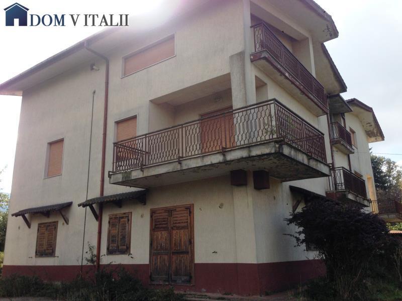 Serra san bruno vv calabria italy vendita villa 3 for Piani di garage di cottage