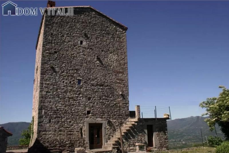 Toscana medievale casa torre unica for 2 case di storia in vendita vicino a me
